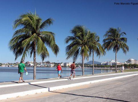 Frequência nas praias da cidade está proibida