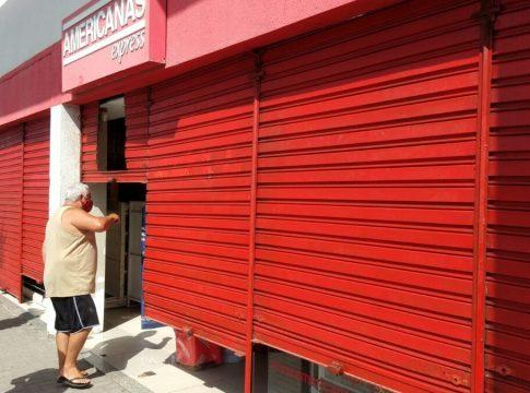 Estabelecimentos comerciais foram flagrado descumprindo decretos em Tamoios neste sábado (3) | Foto: Prefeitura de Cabo Frio/Divulgação