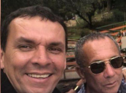 Ex-vereador Guga posa para foto ao lado do pai, Mica, que faleceu vítima da Covid-19 nesta sexta (2) | Foto: Arquivo pessoal