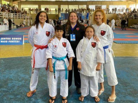 atletas karate